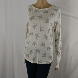 H&M top small long sleeve detailed tee